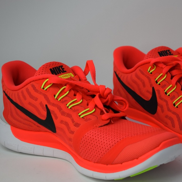 Details about Brand New Nike Free Trainer 3.0 V3 Men's Athletic Fashion Sneakers [705270 001]